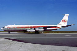 Trans World Airlines Boeing 707-331B Gilliand.jpg