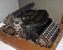 Typewriter Adler No. 7 (5).jpg