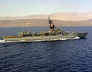 USS Bradley (FF-1041) underway
