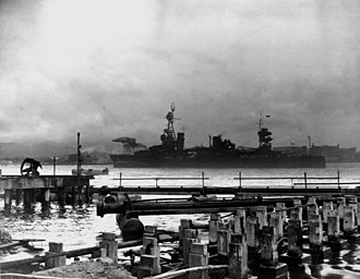 USS Northampton (CA-26) - USS Northampton of the Enterprise task force enters Pearl on 8 December 1941.