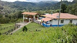 San Francisco, Cundinamarca - Image: Una hacienda en San Francisco de Sales