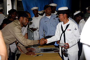Here I Stand (Usher album) - Usher signing copies on USS Kearsarge LHD 3 during Fleet Week.