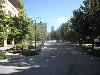 English: A view from Utah State University, ne...