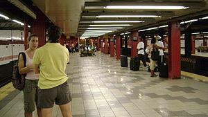 Utica Avenue (IND Fulton Street Line) - Image: Utica Avenue Station