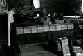 Valtionarkisto 1945. Asiakirjojebn siirto Karkun vanhasta kirkosta takaisin Valtionarkistoon. Kansallisarkisto.jpg