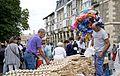 Venta de ajos (Día de Santiago 2015) (19994987575).jpg