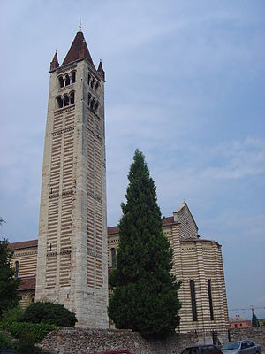 Veronese bellringing art - The campanile of San Zeno Maggiore