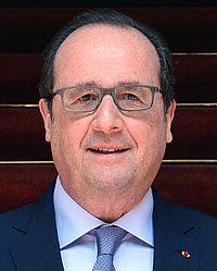 Vicecanciller recibe al Presidente de Francia, François Hollande, en Palacio de TorreTagle (25219281365) (cropped).jpg