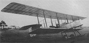 Vickers F.B.5 - The sole F.B.6 shows off its overhang.