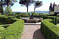 Villa di bivigliano, parco 03.jpg