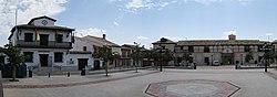 Villaseca de la Sagra, Plaza Mayor, Ayuntamiento y Teatro.jpg