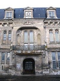 Villers-Cotterêts - Château François Ier - Outside - 1.jpg