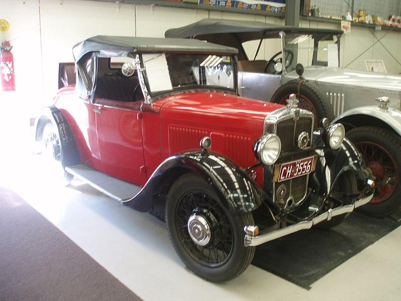 File:Vintage Car (5053844754).jpg
