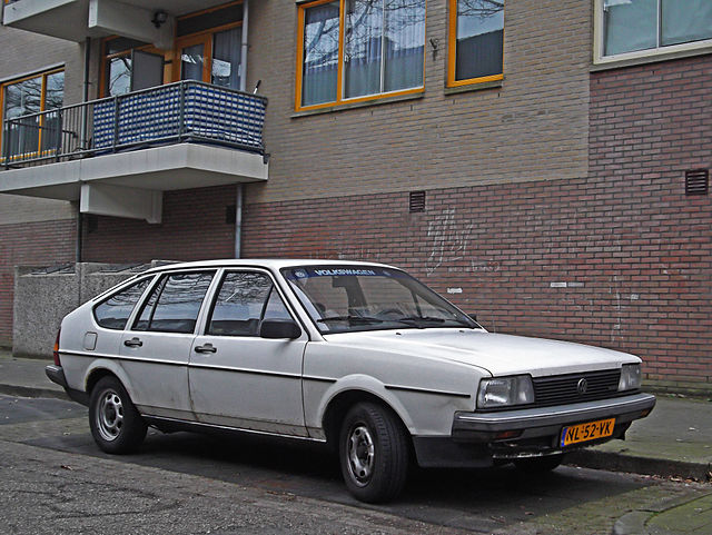 Passat (Type 32B) - VW