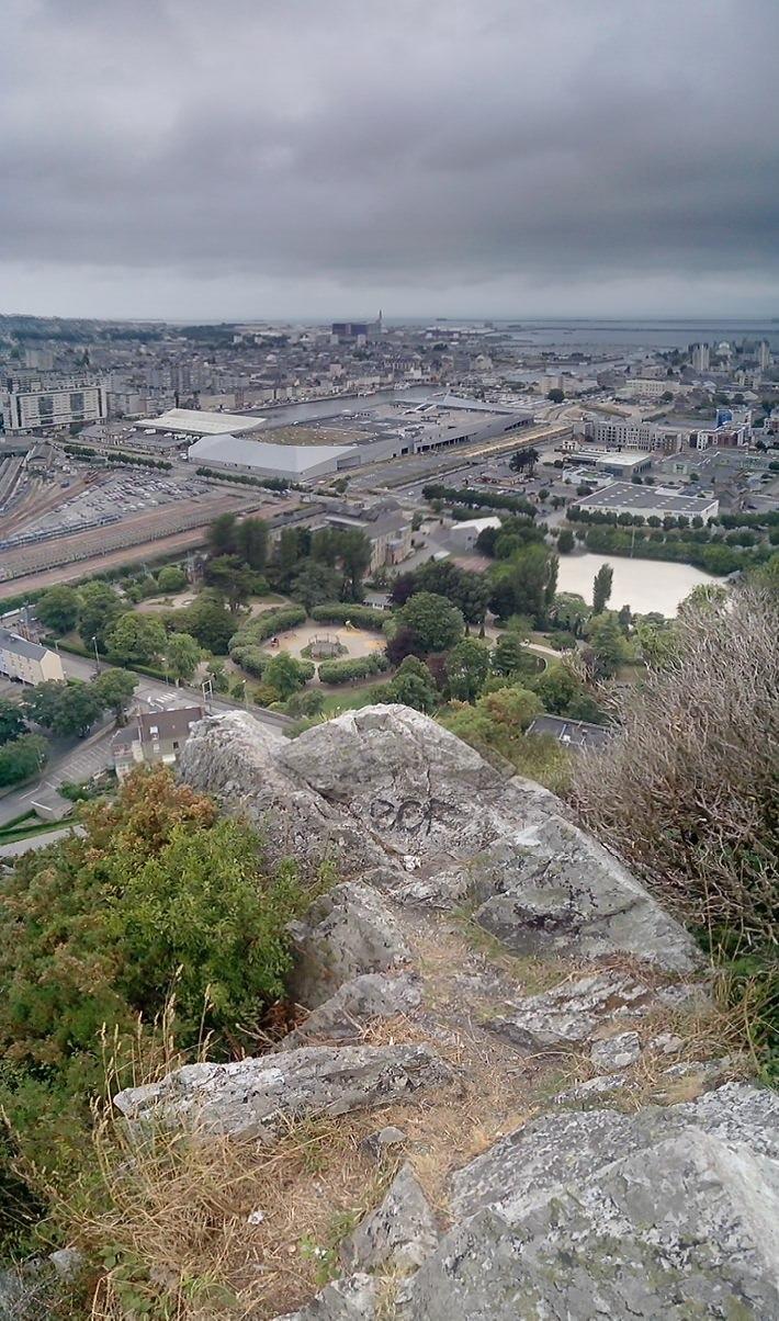Vue panoramique sur Cherbourg depuis le Fort du Roule 03