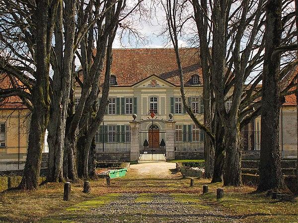 Vullierens, château (11).jpg