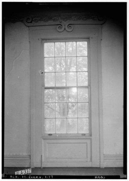 File:WINDOW IN N. WALL OF N. E. FRONT ROOM (PARLOR), FIRST FLOOR - Cunningham Plantation, Old Memphis Road (Gaines Trace Road), HABS ALA,17-CHER.V,1-17.tif