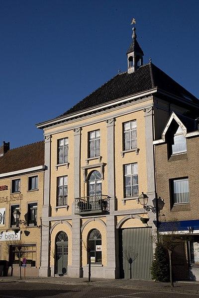 Voormalig gemeentehuis van Wakken