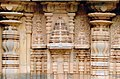 Wall sculpture on pilasters in Siddhesvara Temple at Haveri.jpg