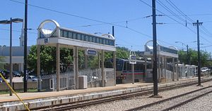 Warrensville Cleveland RTA Blue Line station.jpg