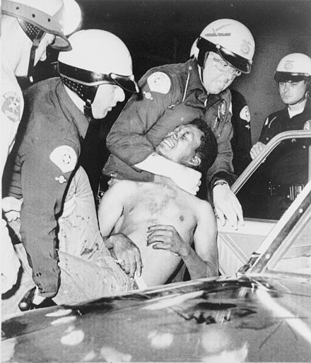 Police arrest a man during the Watts Riots, August 1965 Wattsriots-policearrest-loc.jpg