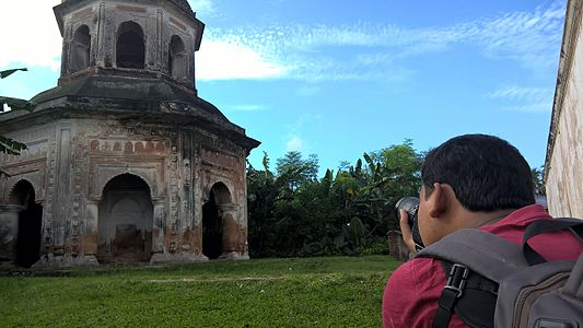 Wikipedia Photowalk Puthia, September 2016 11.jpg