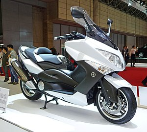 Yamaha TMAX - 3rd Generation XP500 TMAX, the 2010 WHITE MAX special edition