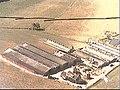 Zij- en voorgevel. Luchtfoto Holland nr. 2048-45. - De Glind - 20508294 - RCE.jpg