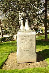 Monumento a Sor Juan Inés de la Cruz