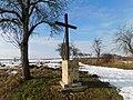 Černý kříž východně od Lán (Q107162643).jpg