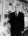 В.М. Кмецинський проводить екскурсію в музеї. 80-і роки XX ст.jpg