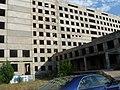 Заброшенный и недостроенный военный госпиталь - panoramio (2).jpg
