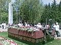 Мемориальный комплекс в память о героях, погибших в сражениях за Сталиногорск.jpg