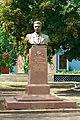 Пам'ятник Двічі Герою Соціалістичної Праці, голові колгоспу ім. XXI з'їзду КПРС П.П. Ведуті.jpg