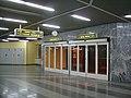 Самарский вокзал, выход на перрон.jpg