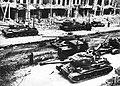 Советские танки и САУ на улицах Берлина.jpg