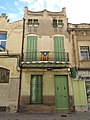 002 Casa Lluís Paquín, c. Enric Borràs 27 (Badalona).jpg