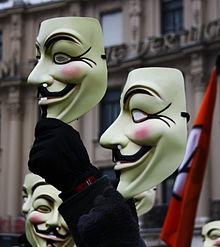 Guy-Fawkes-Masken auf einer Demonstration gegen die Beschränkung der Meinungsfreiheit - Usien - gemeinfrei by Wikimedia Commons