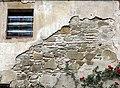 018 Sant Jeroni de la Murtra, detall de l'aparell del mur del pati.JPG
