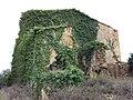 054 Casalot abandonat vora l'església de Marmellar.JPG