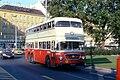 060R10121079 Karlsplatz, Bus Linie 61A Typ DDU 8250.jpg
