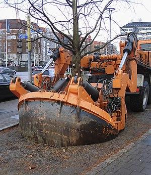 West Link - Moving trees. Preparations at Korsvägen in Gothenburg, November 2017.