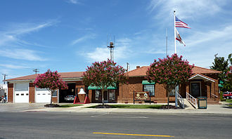 Exeter, California - City Hall and Fire Department
