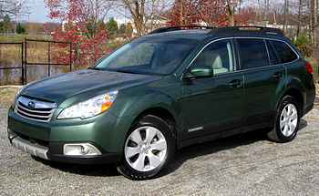 2010 Subaru Outback 2.5i Limited photographed ...