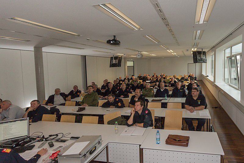 Datei:2014-09-27 Landesfeuerwehrschule Tulln - Seminar IMG 8730.jpg