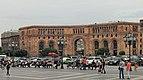 2014 Erywań, Budynek Ministerstwa Transportu i Łączności Armenii (01).jpg