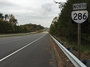 Fairfax County Parkway - View north along SR 286 in Burke