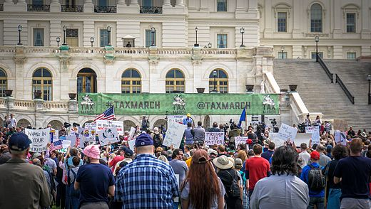 2017.04.15 -TaxMarch Washington, DC USA 02314 (33902769152).jpg
