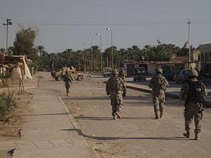 Jurf Al Nasr - Apache Company patrolling Jurf