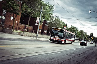 Rail replacement bus service - Image: 505 Spadina Toronto 2011